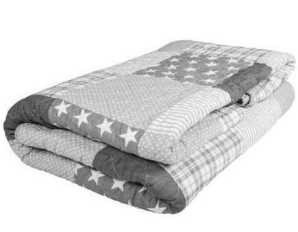 Одеяло сложенное